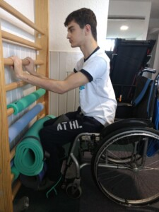 sesión neurorehabilitación ataxia de friedreich en Fundación Almar